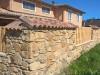 tolle rustikale Gartenmauer in Natursteinoptik