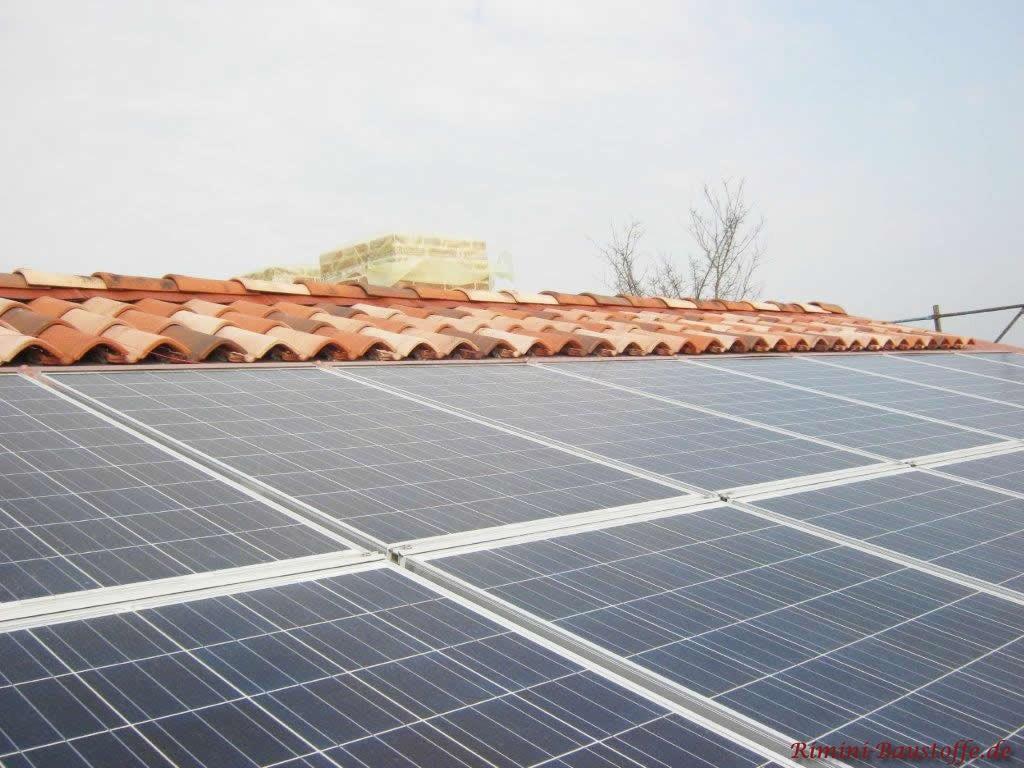 Solaranlage in die Dachfläche integriert