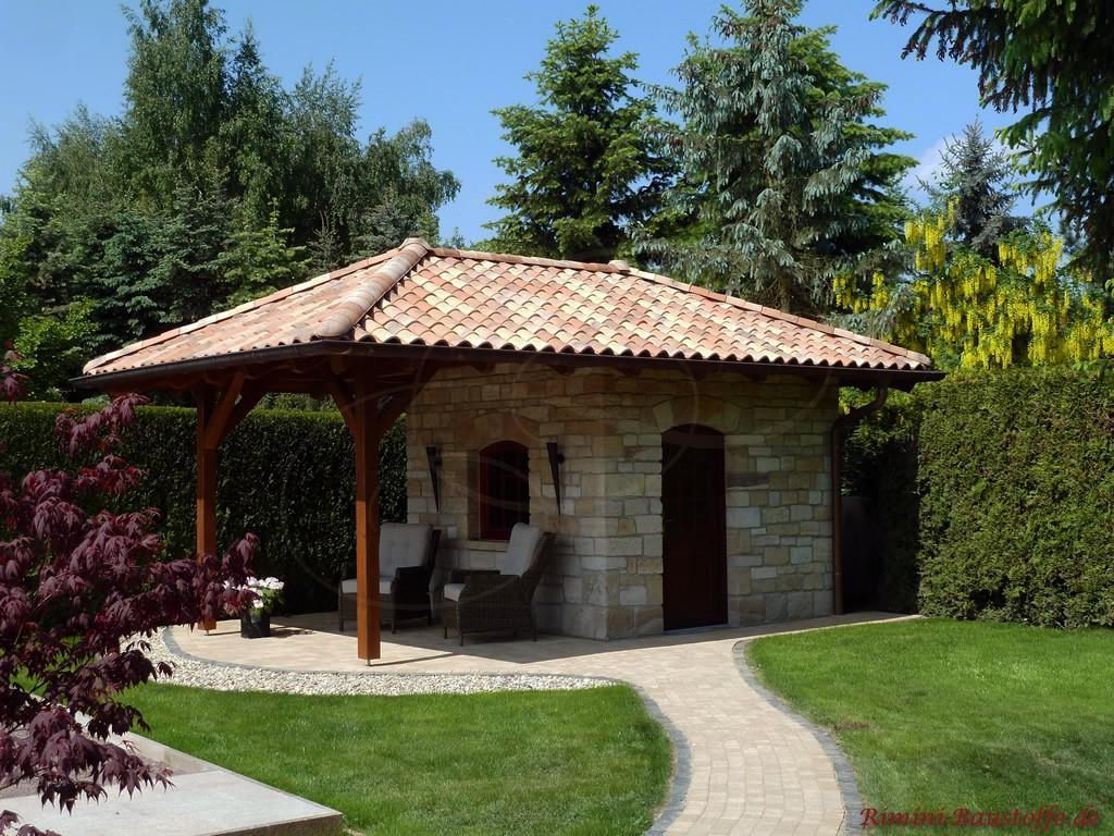 Gartenhaus im mediterranen Stil