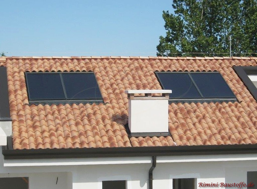 Solarflächen in die Dachfläche eingelassen