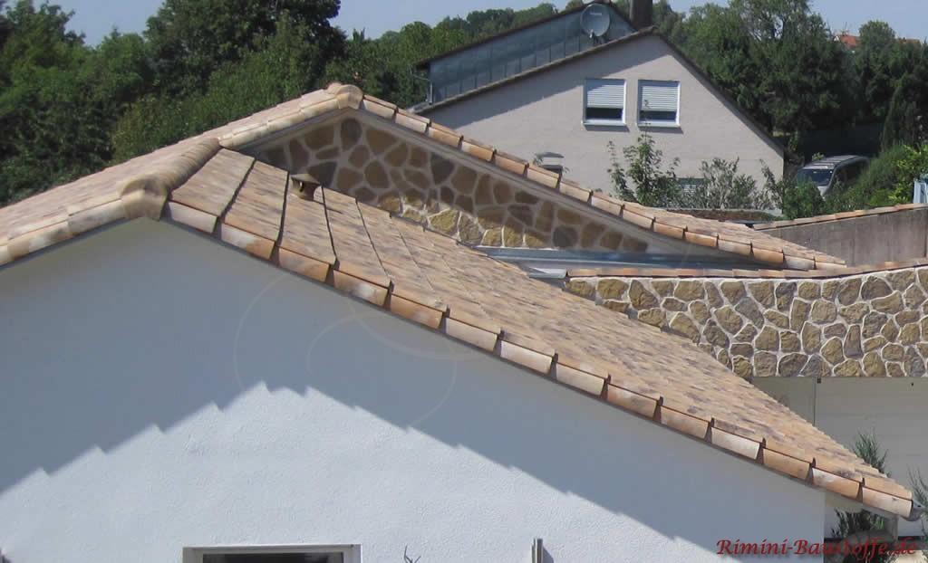 toller heller Dachziegel passend zur Fassadengestaltung