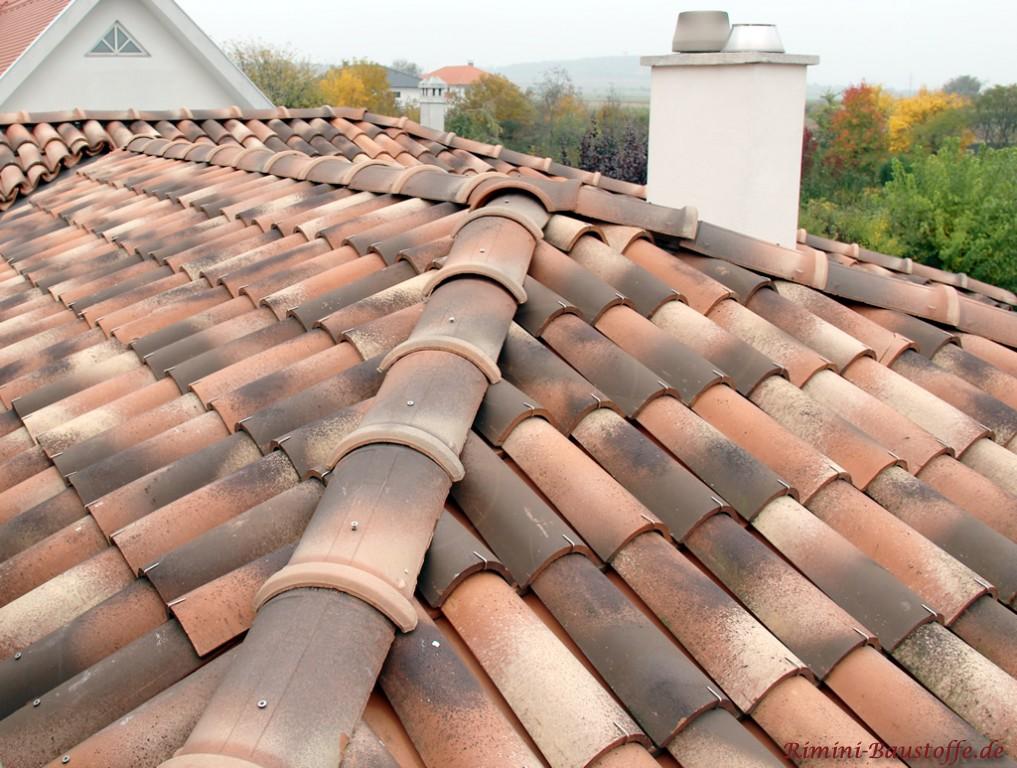Dacheindeckung mit italienischen Halbschalen