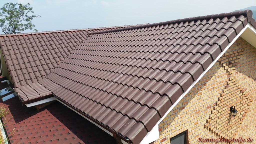 brauner Dachziegel aus Frankreich