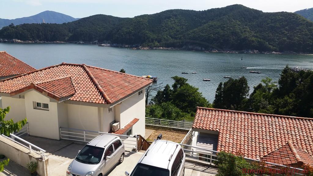 Haus am See mit tollem Panorama
