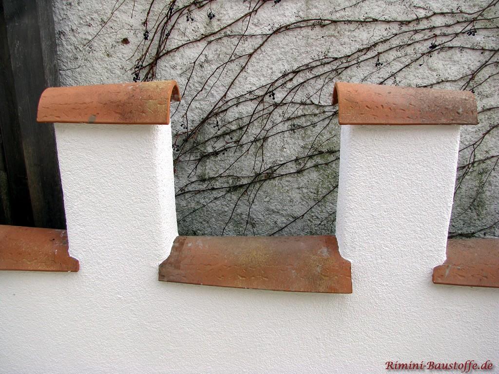 auf sehr schmalen Mauern kann man die Halbschalen laengs verlegen