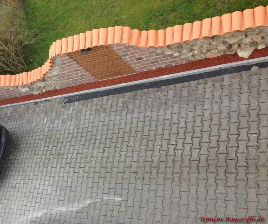 Gartenmauer aus der Vogelperspektive