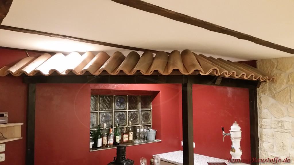 Bar im Keller mediterran gestaltet