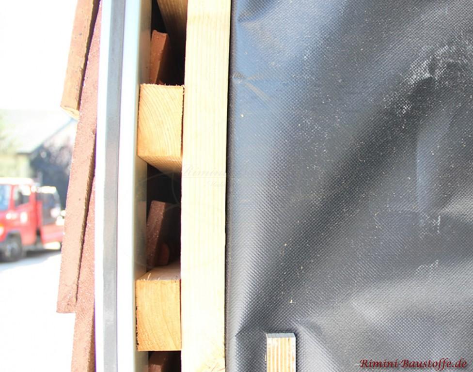 Unterkonstruktion Schindeln an einer Fassade
