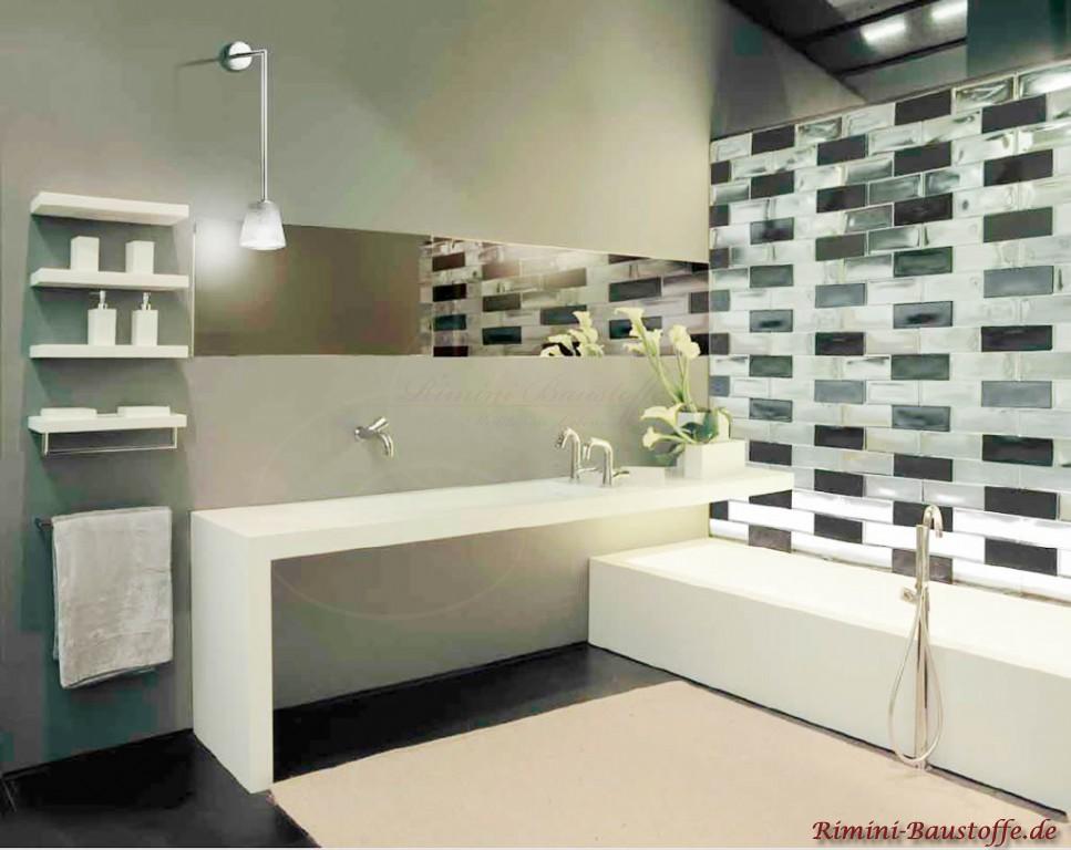 Sichtschutzwand im Badezimmer in weiss und schwarz
