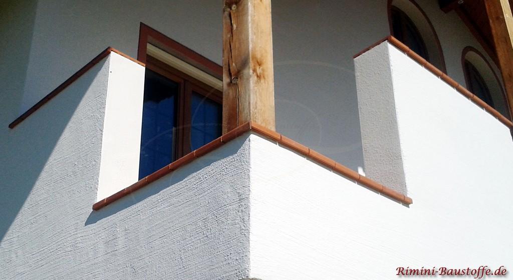 hier wurden die Fensterbaenke als Balkonabschluss verwendet