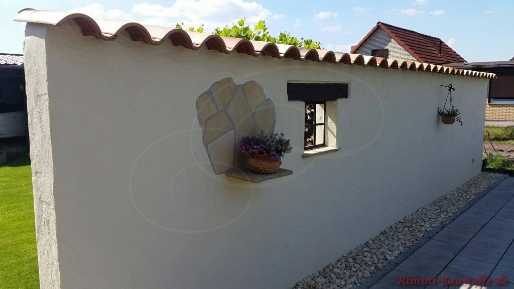 Mauerabdeckung mit romanischem Tondachziegel