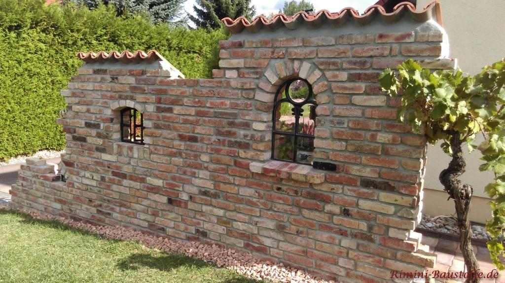 Mauerabdeckung mit original italienischen Halbschalen