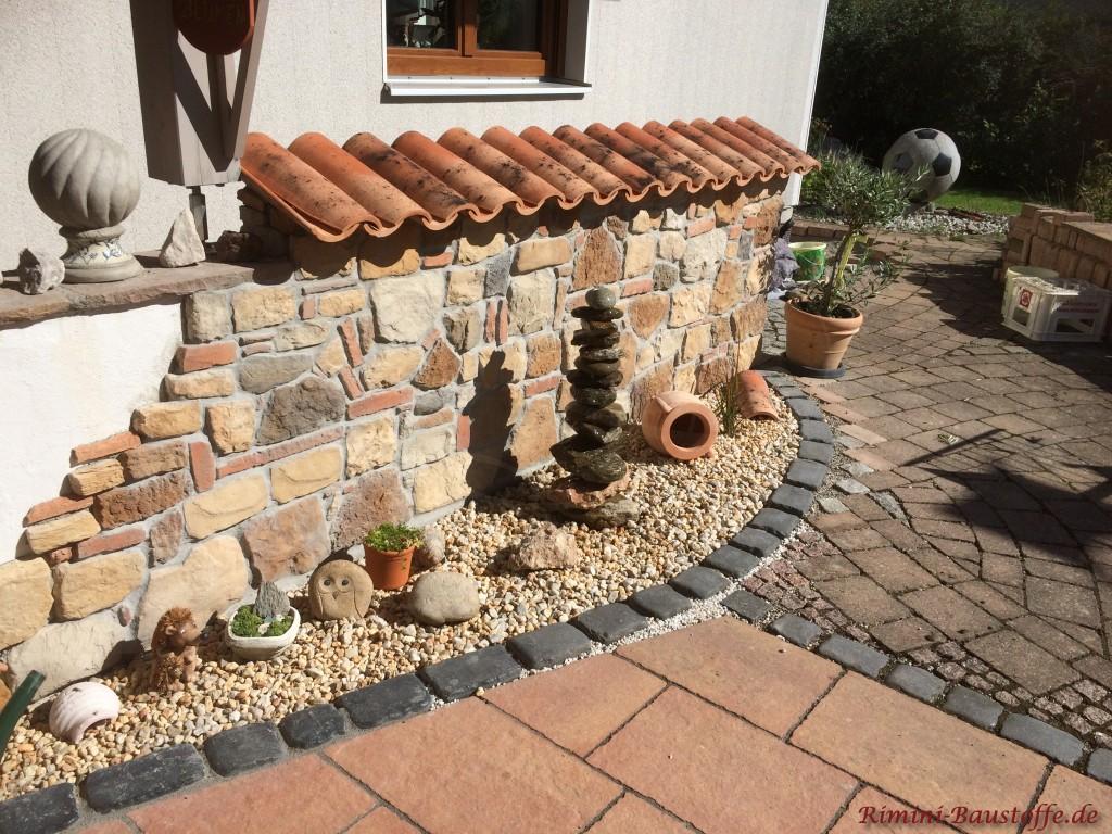 Gartenmauer Naturstein Moench Nonne Halbschalen