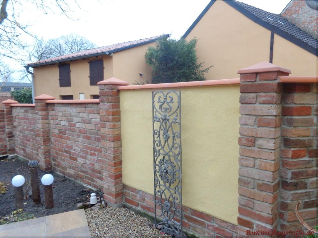 Mauer- und Pfeilerabdeckung passend zueinander