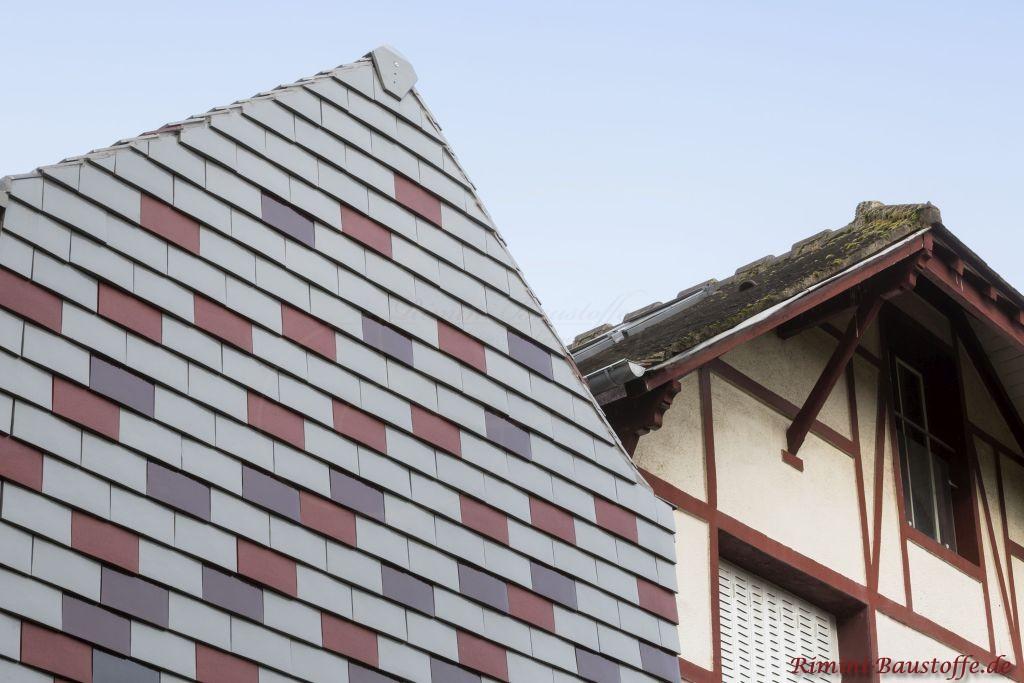 Fassade aus Tonplatten in Grautoenen verkleidet