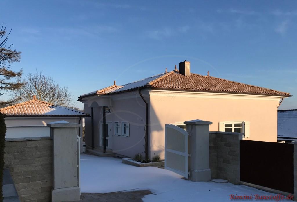 Stadtvilla mit geringer Dachneigung