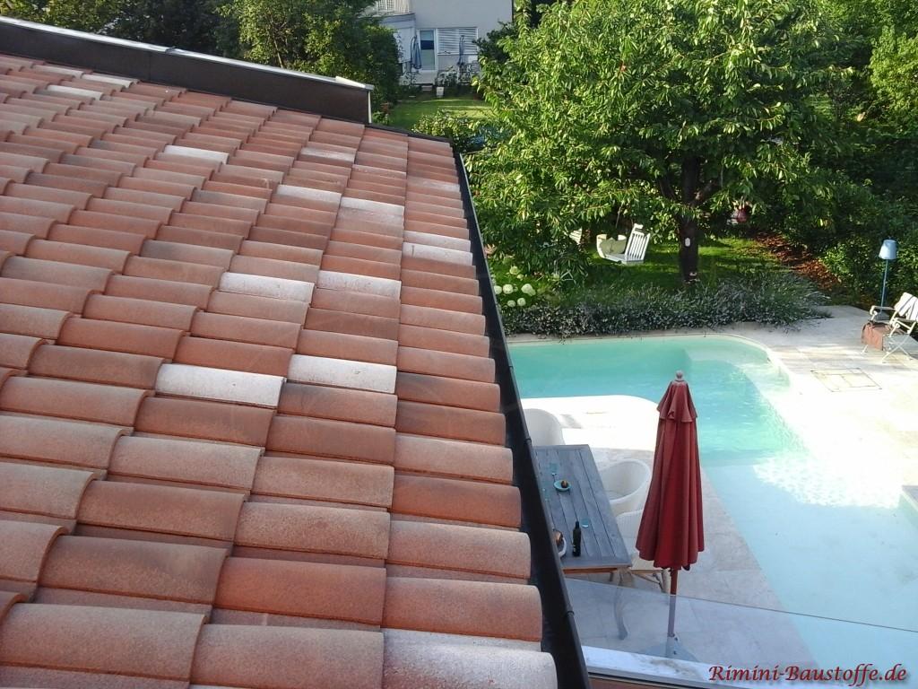 roter mediterraner Dachziegel aus Frankreich
