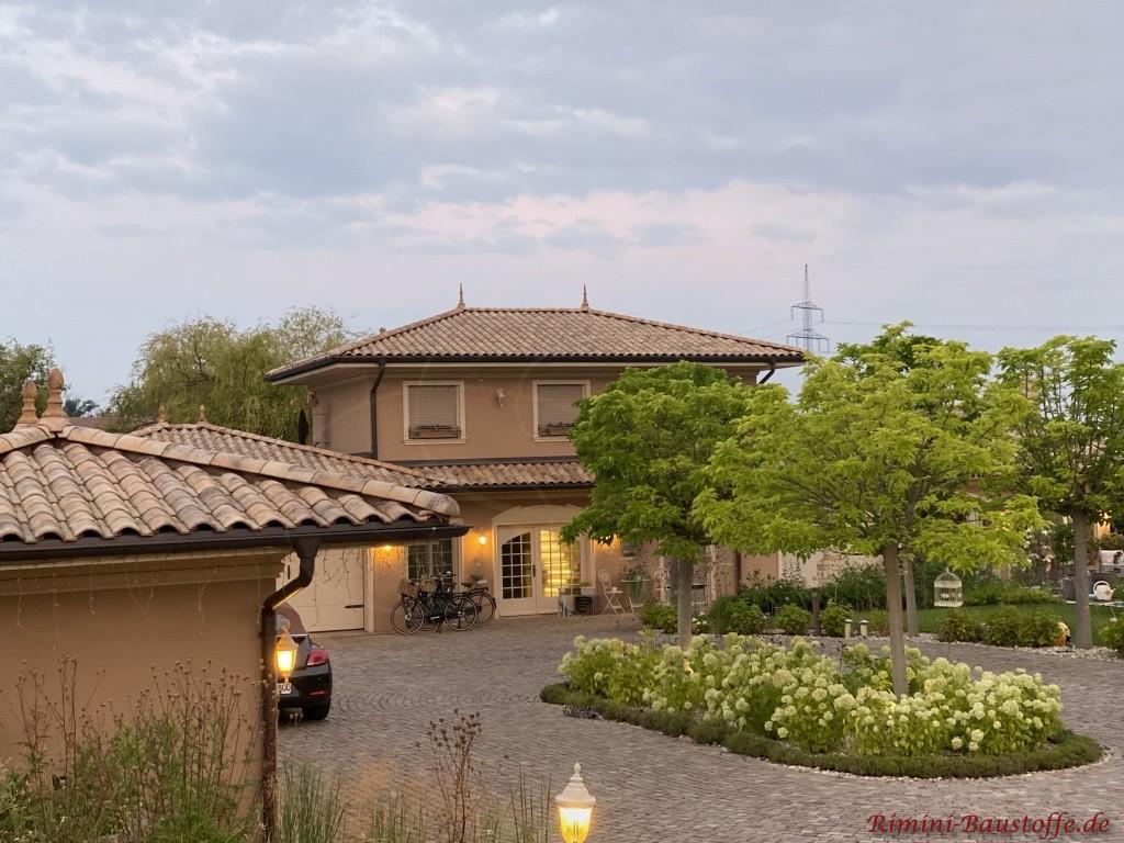 Stadtvilla mit grossem Innenhof