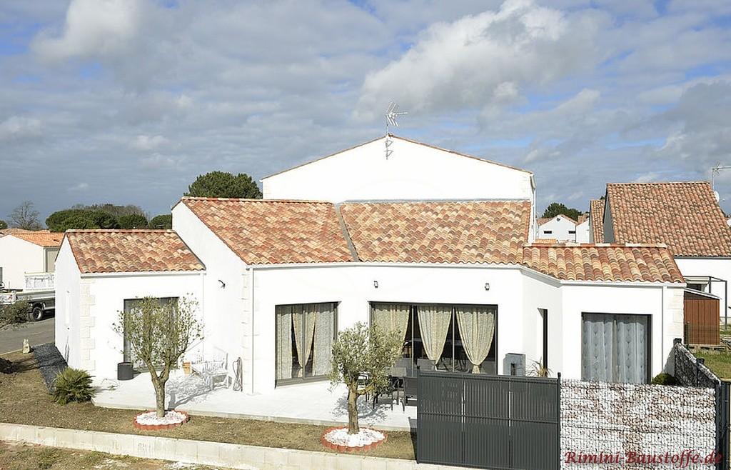 rotbunter Dachziegel aus Frankreich