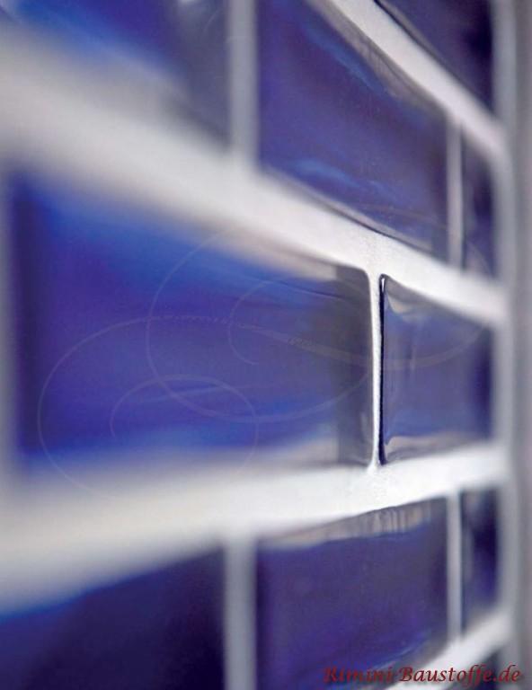 schöne blaue Glasbausteine