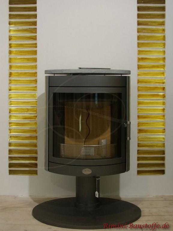 Highlight im Wohnzimmer - Glasbausteine verzieren den Ofen