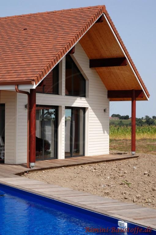 schönes Satteldach mit großem Dachüberstand