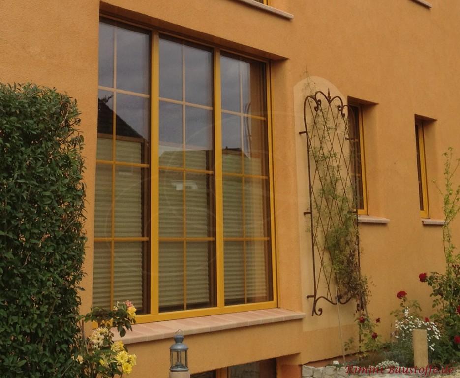 Fensterbaenke aus Ton in lachsfarben