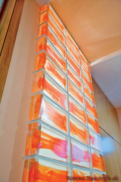 Highlight in jedem Wohnzimmer, farbige Glasbausteine