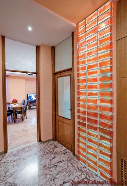bunte, beleuchtete Glasbausteine als Highlight in jedem Raum