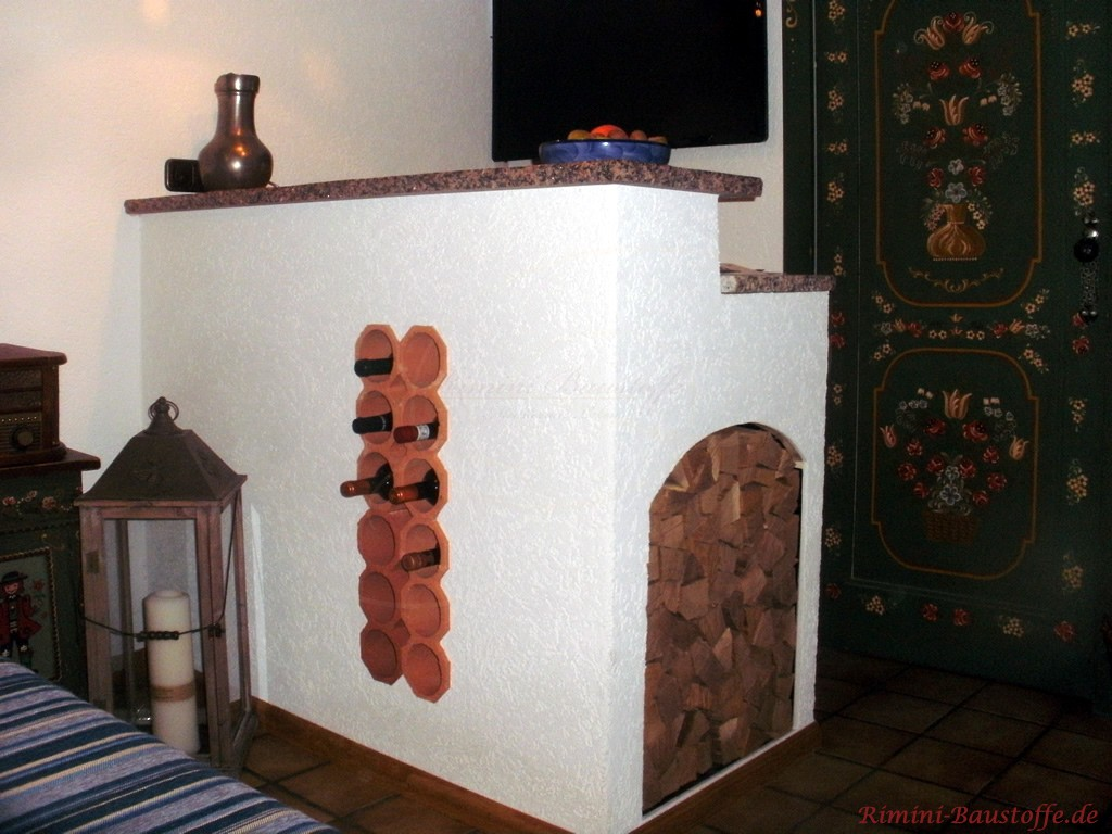 Weinlagersteine integriert in eine Theke