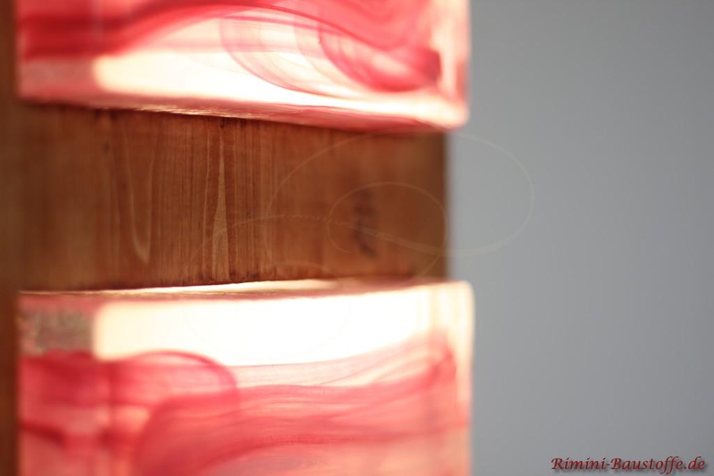 indirekte Beleuchtung durch hinterleuchtete Glaselemente