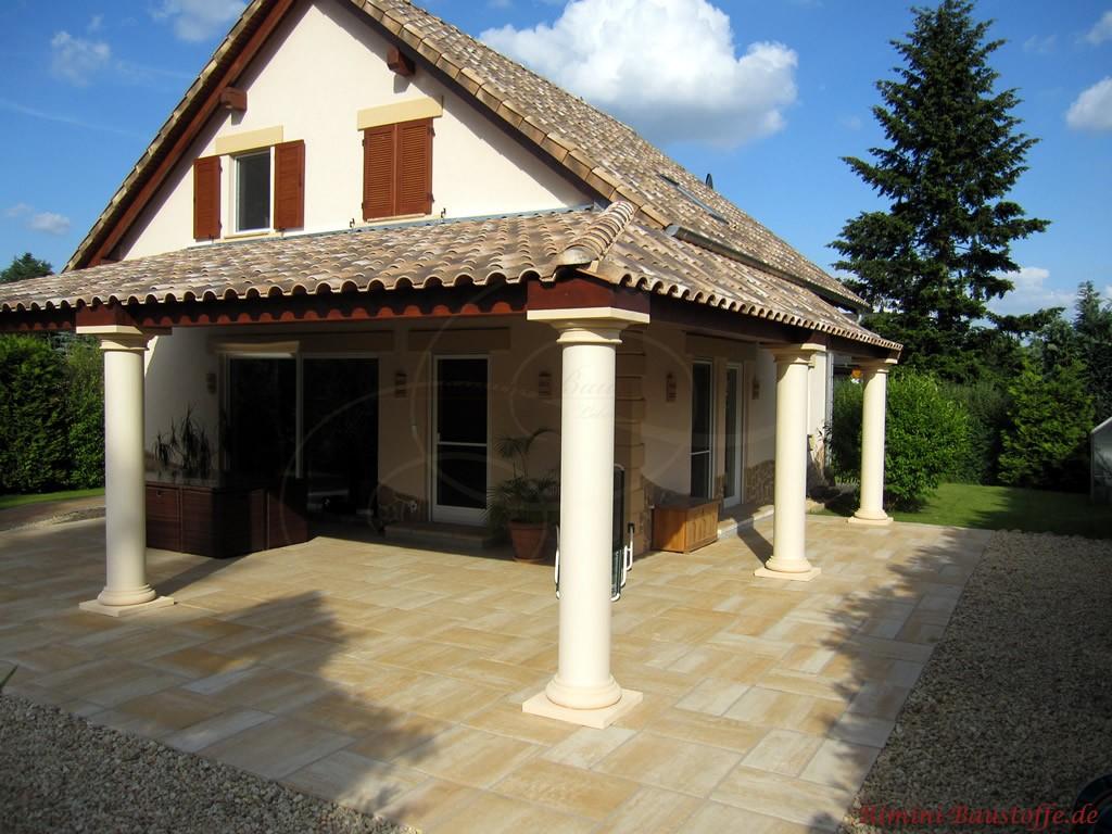 schönes saniertes Wohnhaus im mediterranen Stil mit schönen Highlights