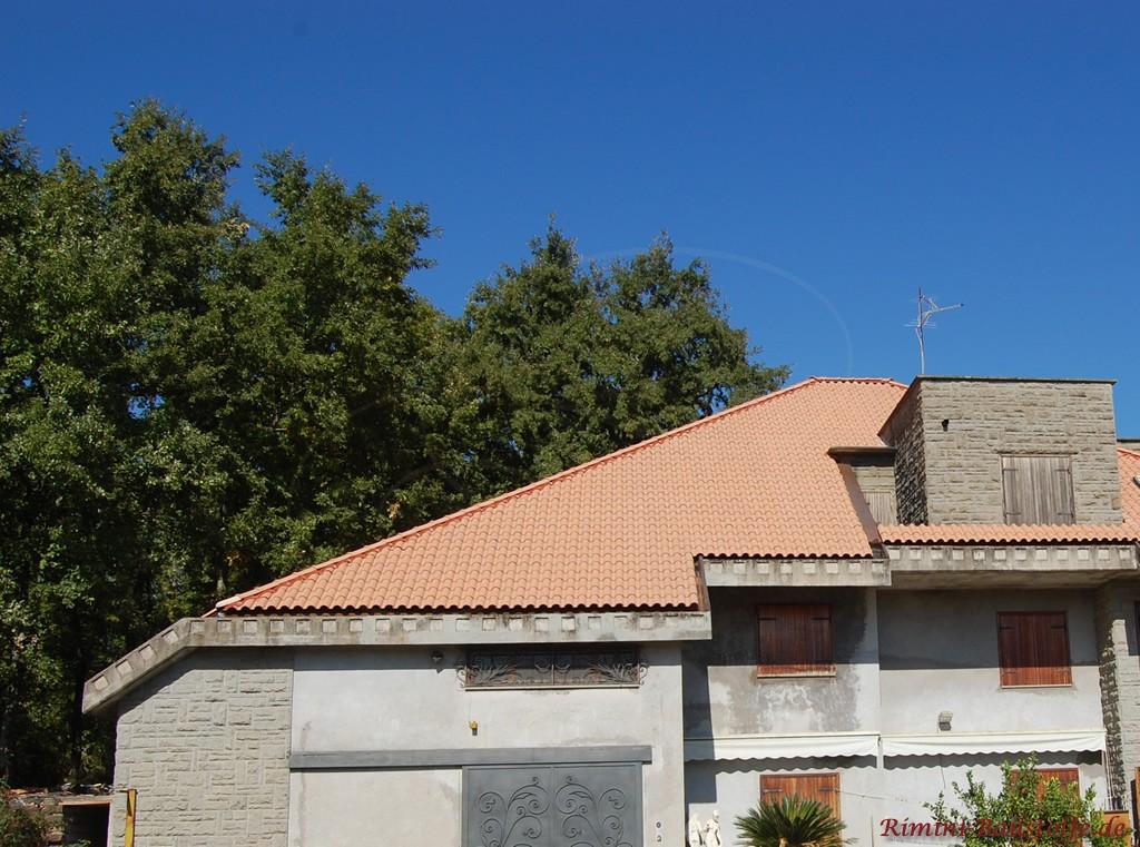 rosefarbener romanischer Dachziegel, schön südländisch und vielseitig kombinierbar