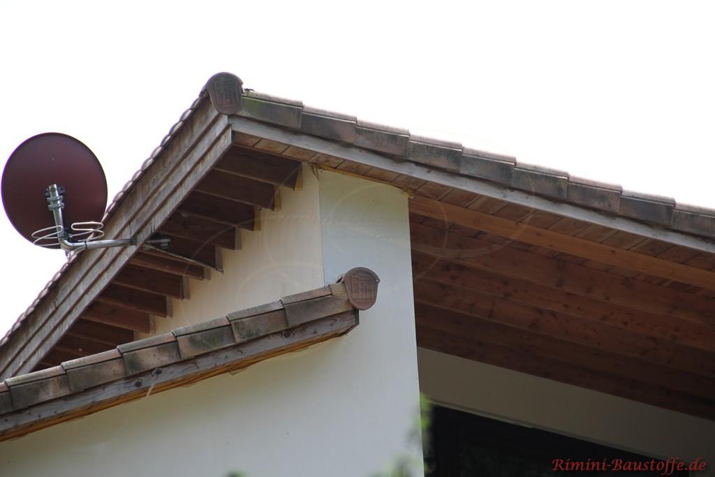 schön zu sehen der Abschluss des Pultdaches