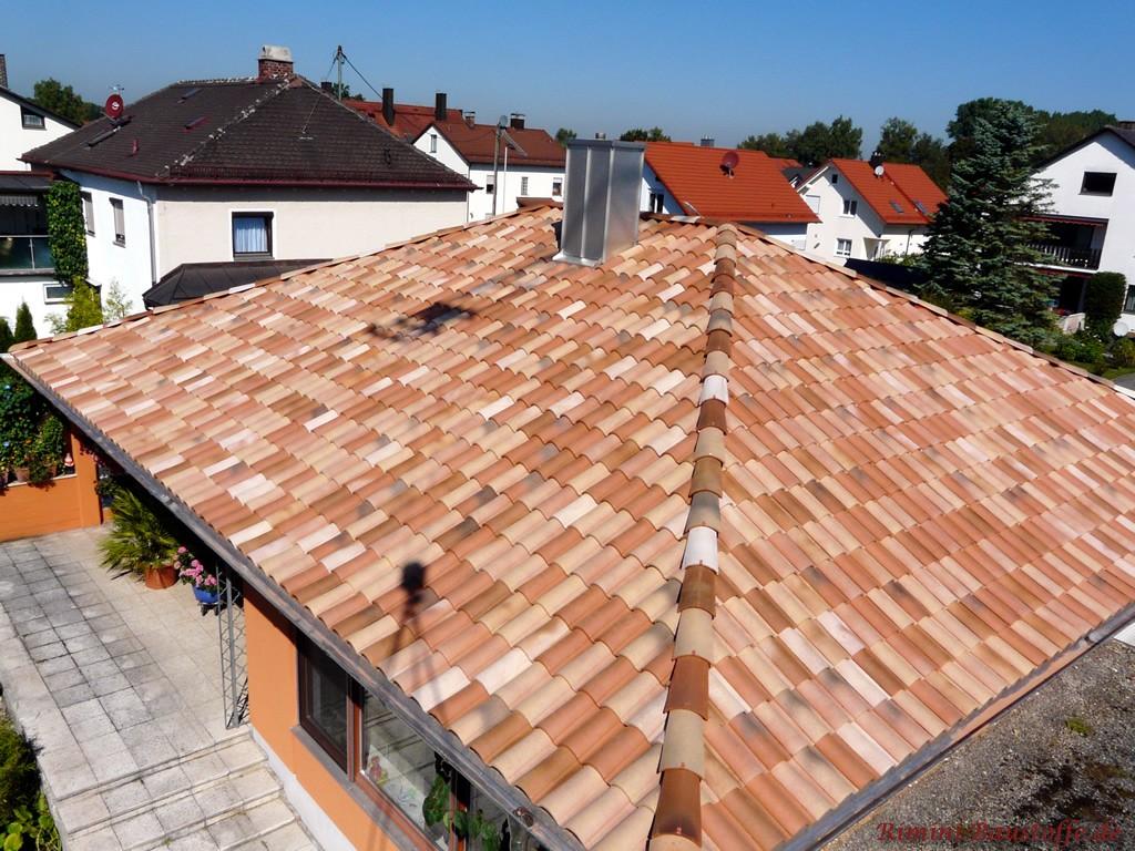 Einfamilienhaus im Bungalowstil mit sehr schönem mediterranem Dach