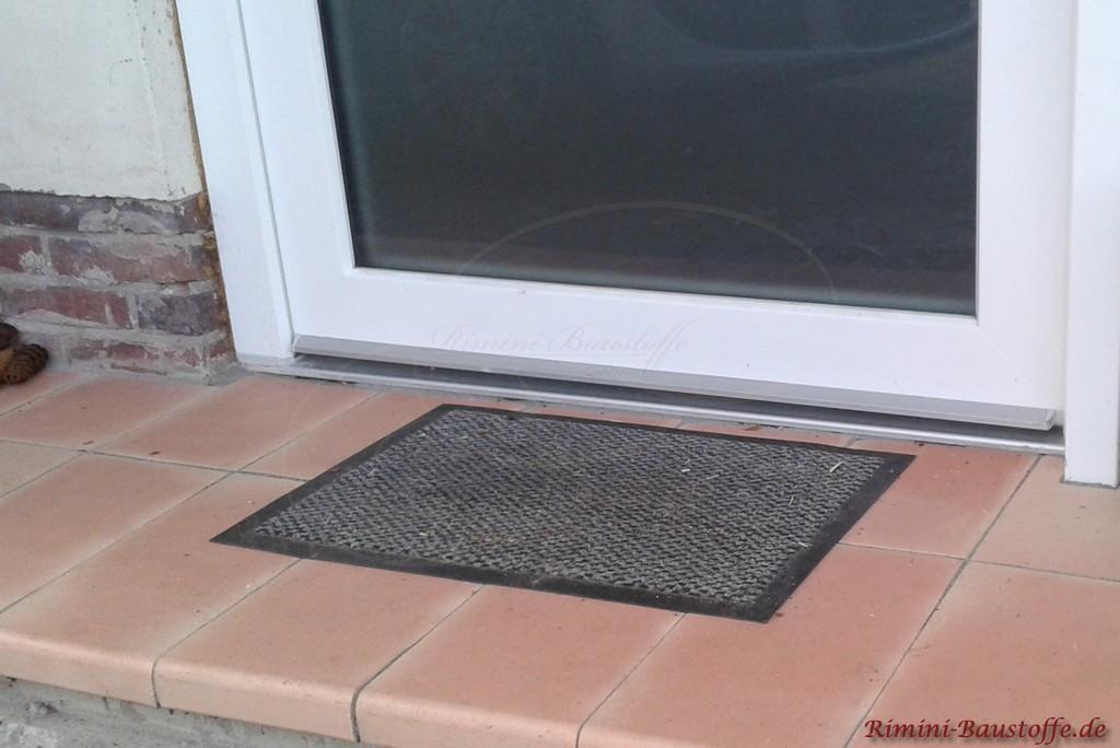 schoene helle Fensterbaenke auch fuer Tueren geeignet