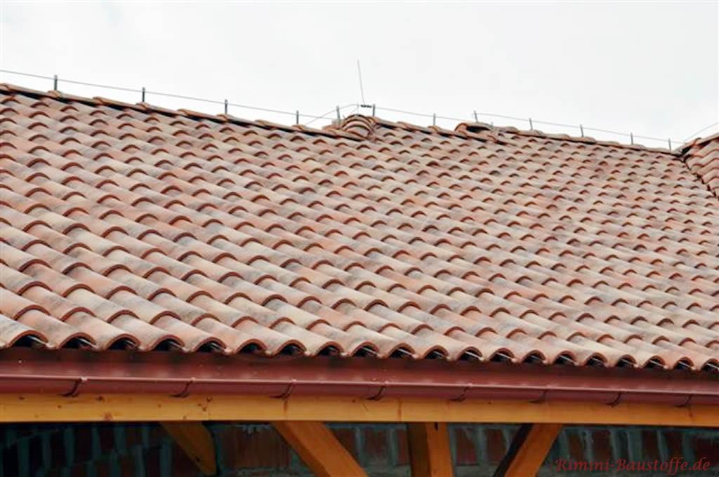 roter Dachziegel aus Italien