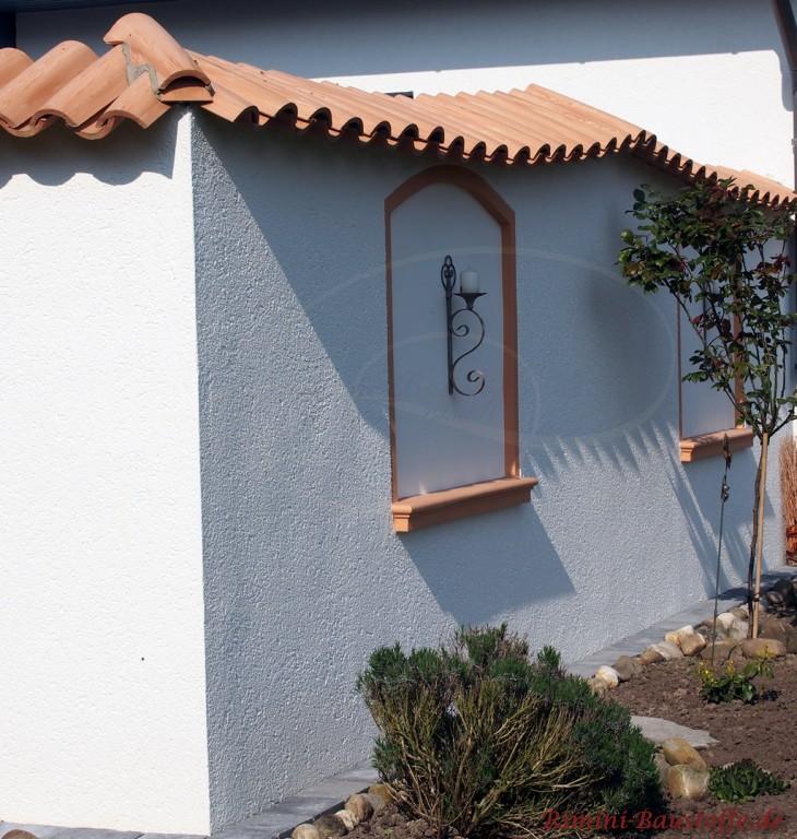 Gartenmauer mit 90° Ecke mit Halbschalen abgedeckt