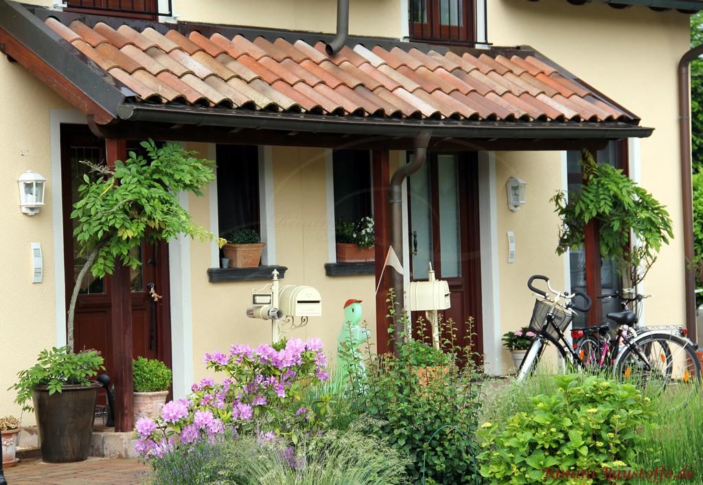 sehr schöner mediterraner Dachziegel mit verschiedenen Changierungen