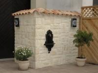 Eckmauer mit Mauerabdeckung und Riemchen