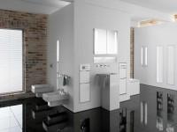 helles badezimmer mit natursteinwand