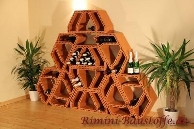 Vorschau Weinlagerstein Future als Pyramide aufgestelltes Weinregal - Platz für 120 Flaschen