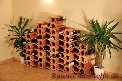 Weinlagerstein Casier als versetztes Weinregal