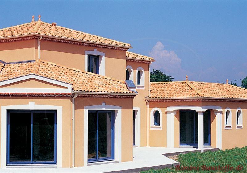 südländisches Flair im eigenen Zuhause durch durch eine südländische Architektur und passenden Dachziegeln