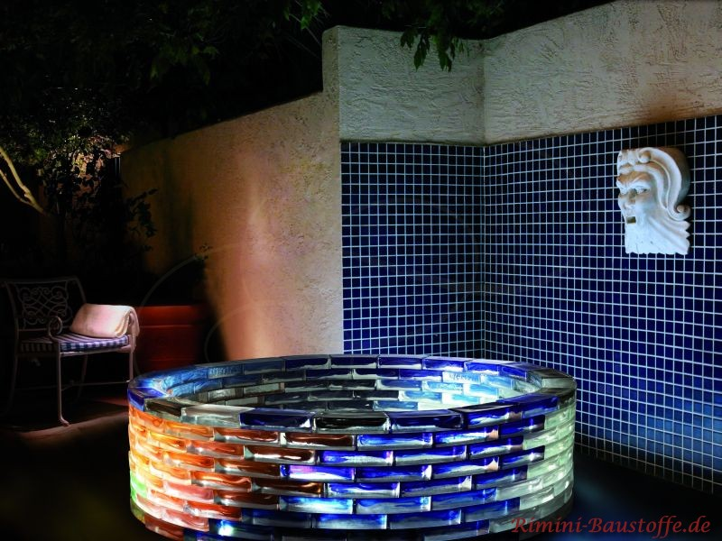 Badezimmer mit Glassteinen gestaltet