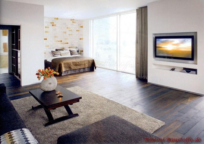 Wohnzimmerwand aus modernen Glasbausteinen