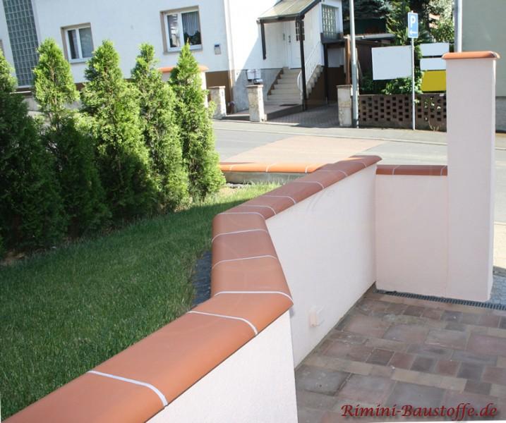 elegante Gartenmauer