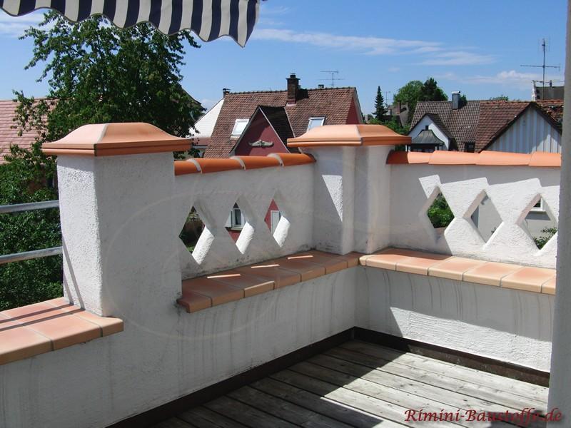 Pfeilerabdeckung passend zur Mauerabdeckung aus Ton