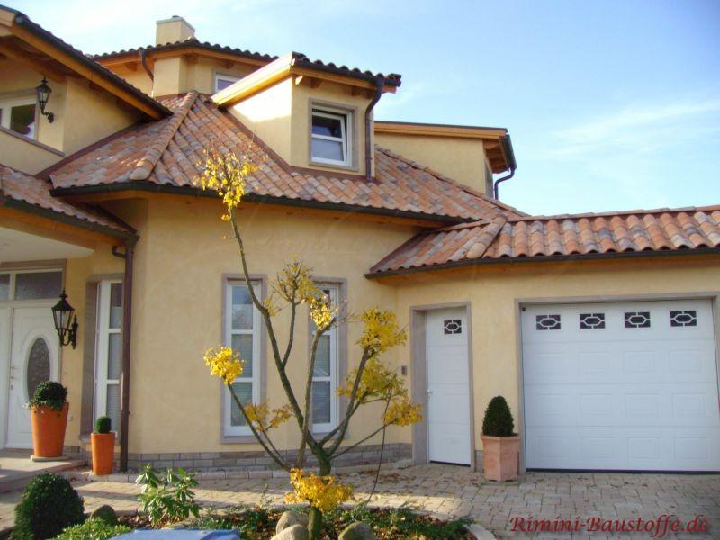 Individuelles Einfamilienhaus mit mediterranem Flair