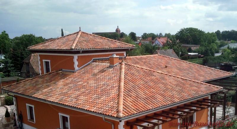 Romane Canal - Farbe Vieilli Castel - Sehr Schönes Walmdach In